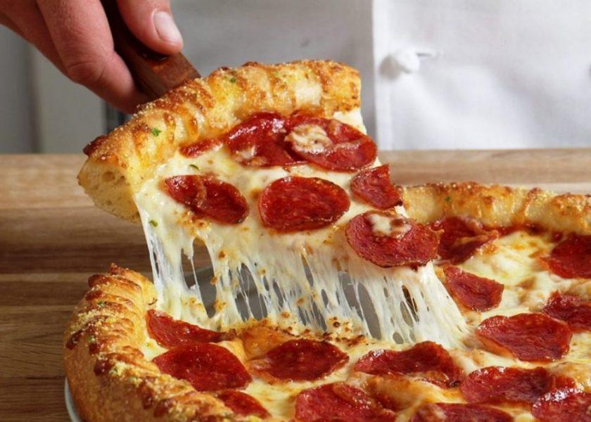 ۸+۱ ترفند کش آمدن پنیر پیتزا